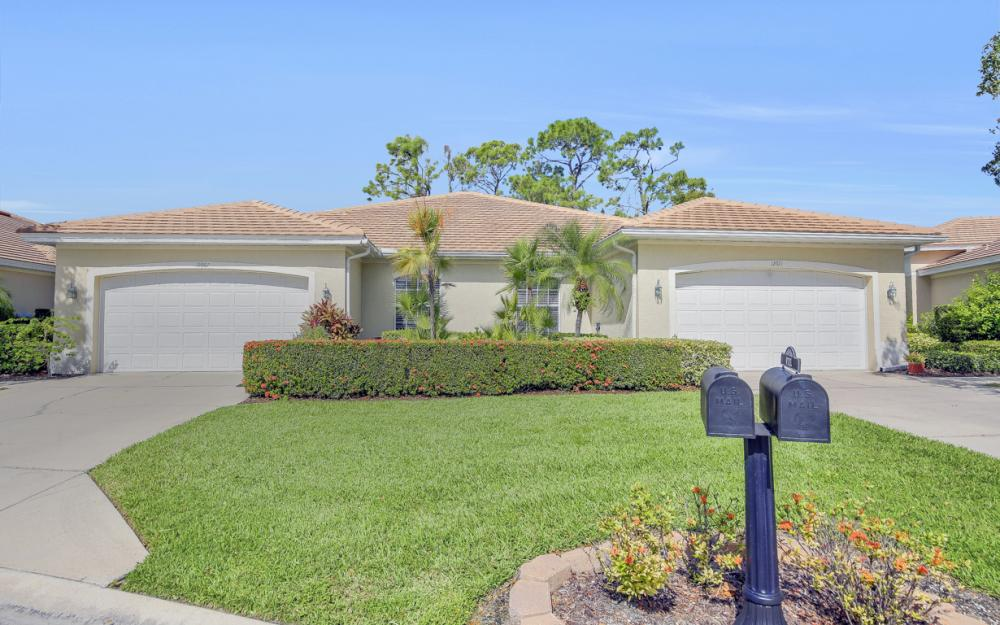 12671 Fox Ridge Dr, Bonita Springs - Home For Sale 1276845412