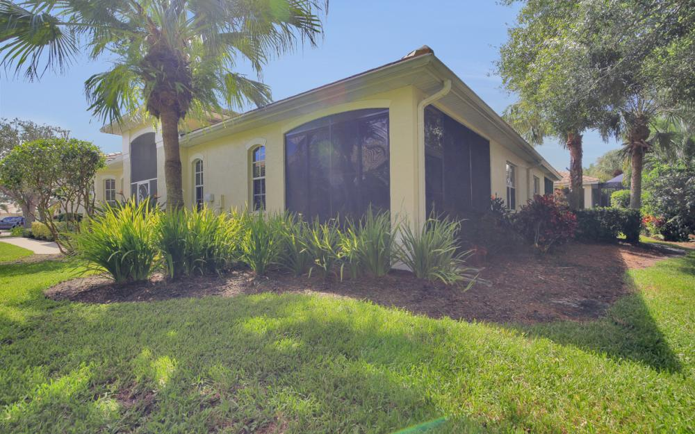 12671 Fox Ridge Dr, Bonita Springs - Home For Sale 35903439
