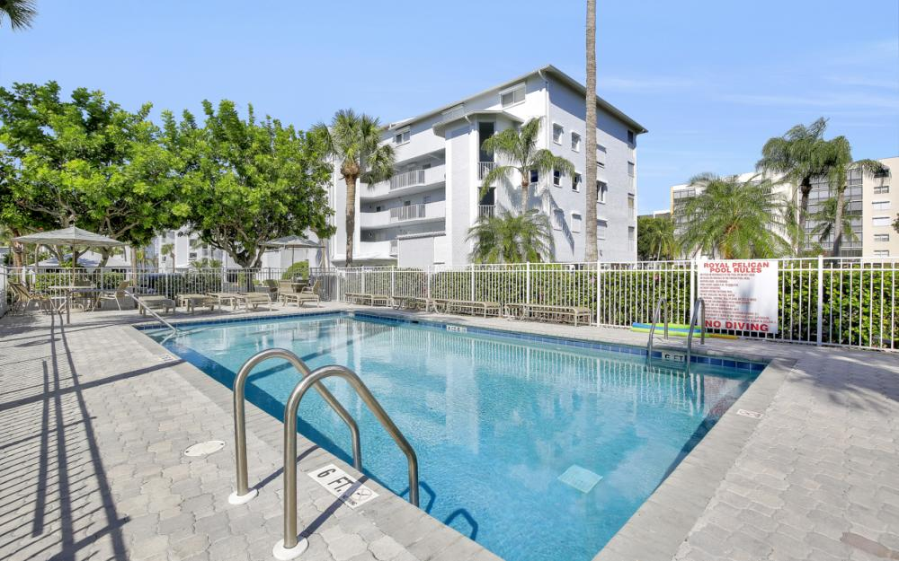 4531 Bay Beach Ln #333, Fort Myers Beach - Condo For Sale 750963525