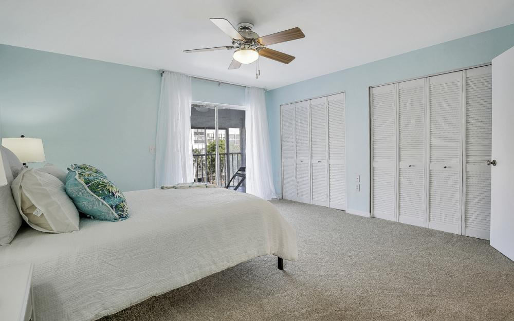 4531 Bay Beach Ln #333, Fort Myers Beach - Condo For Sale 179336164