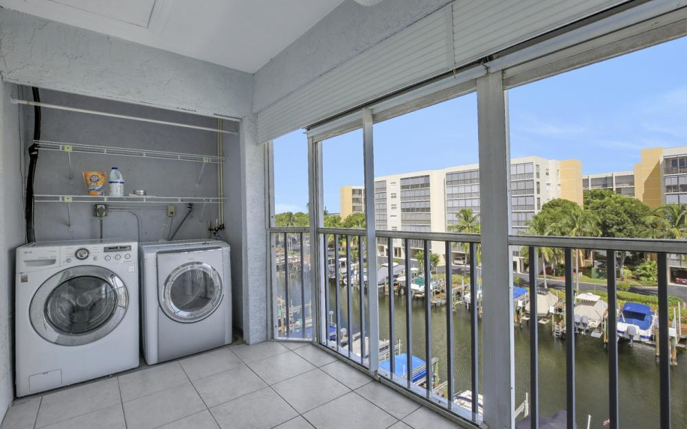 4531 Bay Beach Ln #333, Fort Myers Beach - Condo For Sale 1933520158