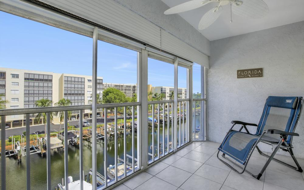 4531 Bay Beach Ln #333, Fort Myers Beach - Condo For Sale 2010390117