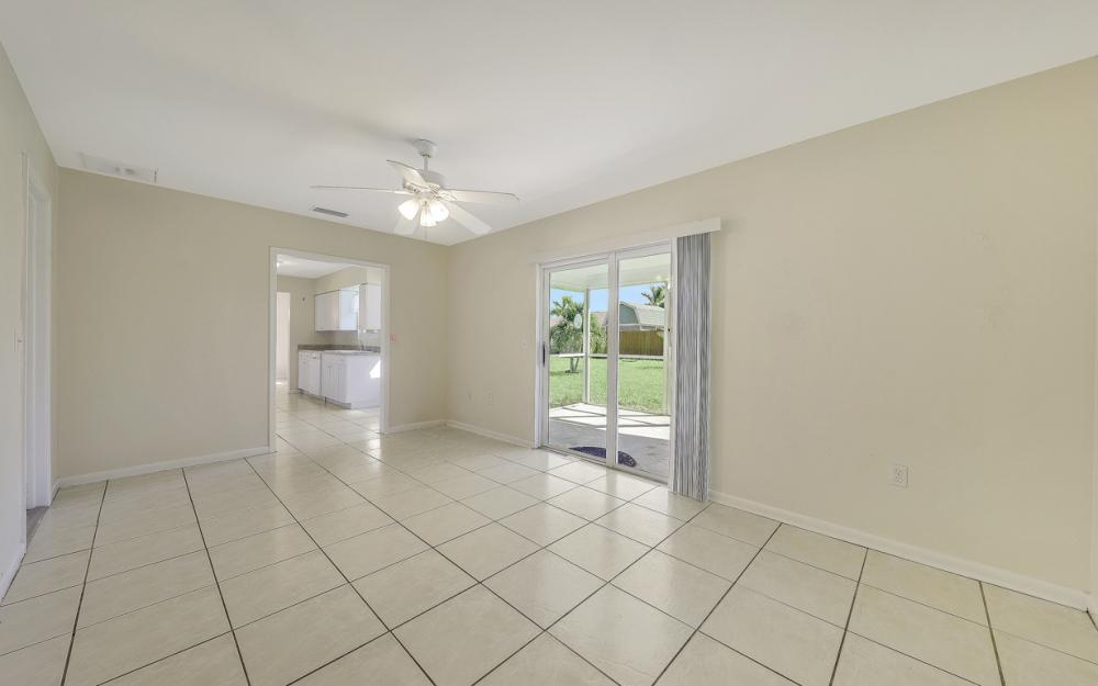 222 SW 34th Ter, Cape Coral - Home For Sale 219250177