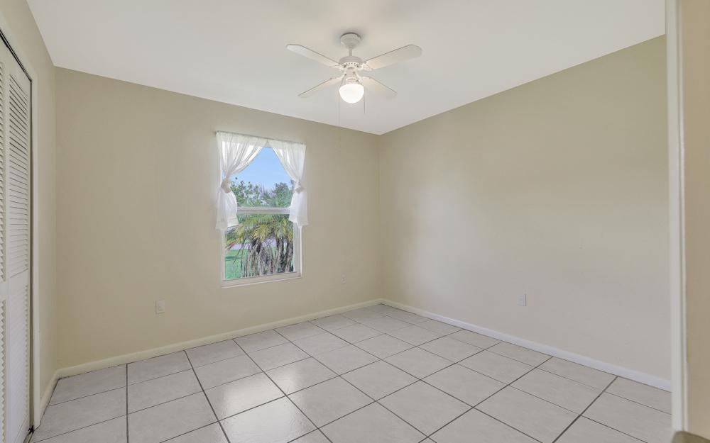 222 SW 34th Ter, Cape Coral - Home For Sale 1001428574