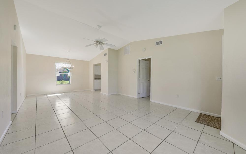 222 SW 34th Ter, Cape Coral - Home For Sale 227671735