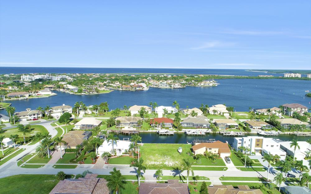 712 Plantation Ct, Marco Island - Lot For Sale 1108258568