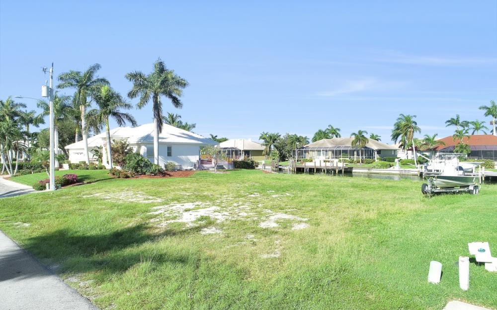 712 Plantation Ct, Marco Island - Lot For Sale 978726466