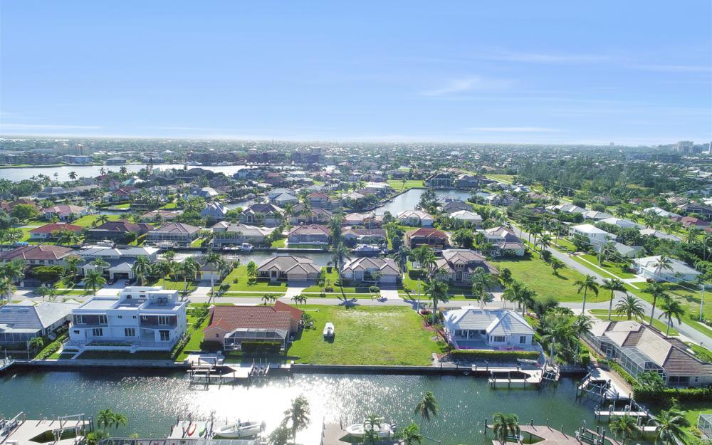 712 Plantation Ct, Marco Island - Lot For Sale 1779295360