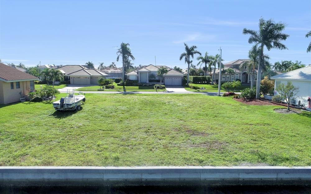 712 Plantation Ct, Marco Island - Lot For Sale 699124904
