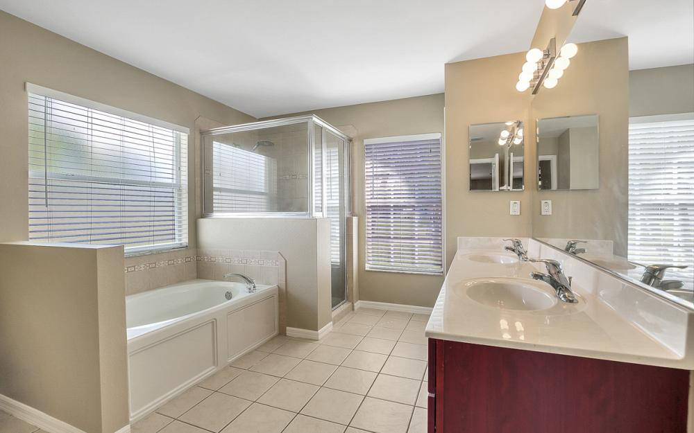 2213 SW 44th St, Cape Coral - Home For Sale 2114151493