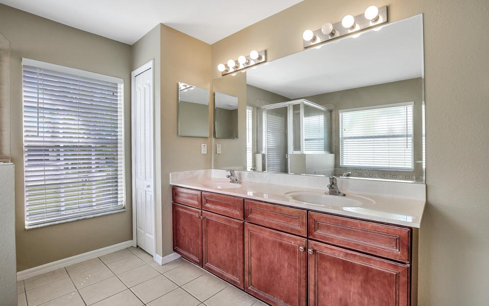 2213 SW 44th St, Cape Coral - Home For Sale 174419454
