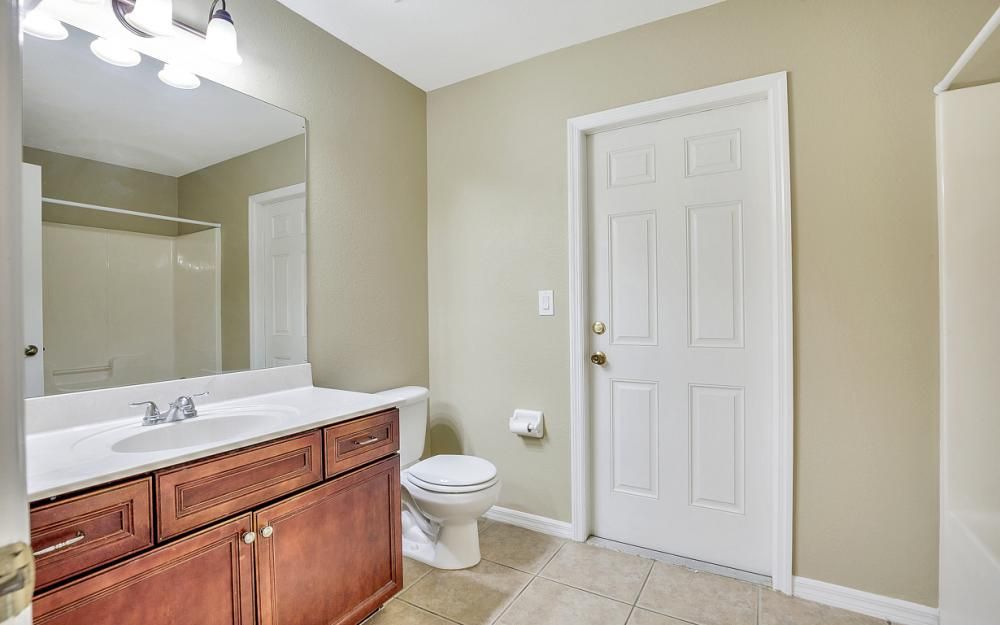 2213 SW 44th St, Cape Coral - Home For Sale 2015466536