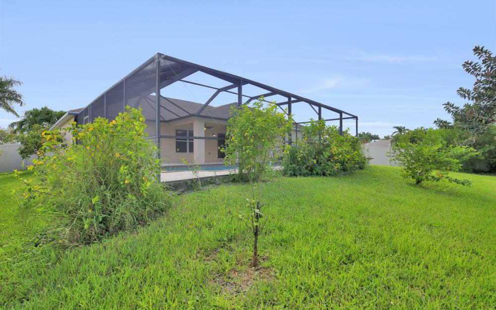 2213 SW 44th St, Cape Coral - Home For Sale 75407986