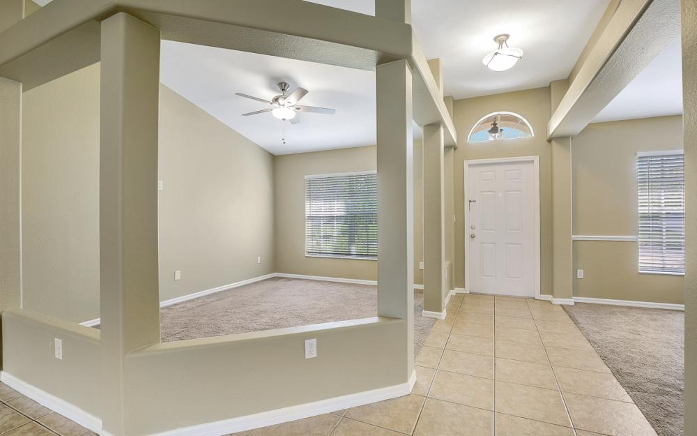 2213 SW 44th St, Cape Coral - Home For Sale 122669078