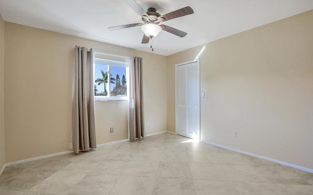 3748 SW 1st Pl, Cape Coral - Home For Sale 488125518