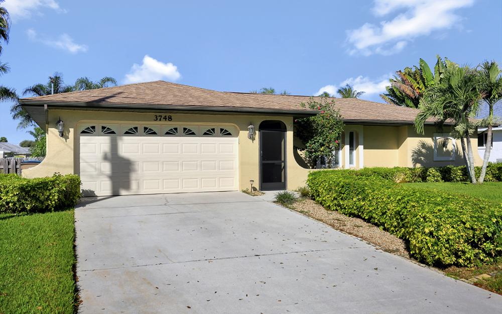 3748 SW 1st Pl, Cape Coral - Home For Sale 623488981