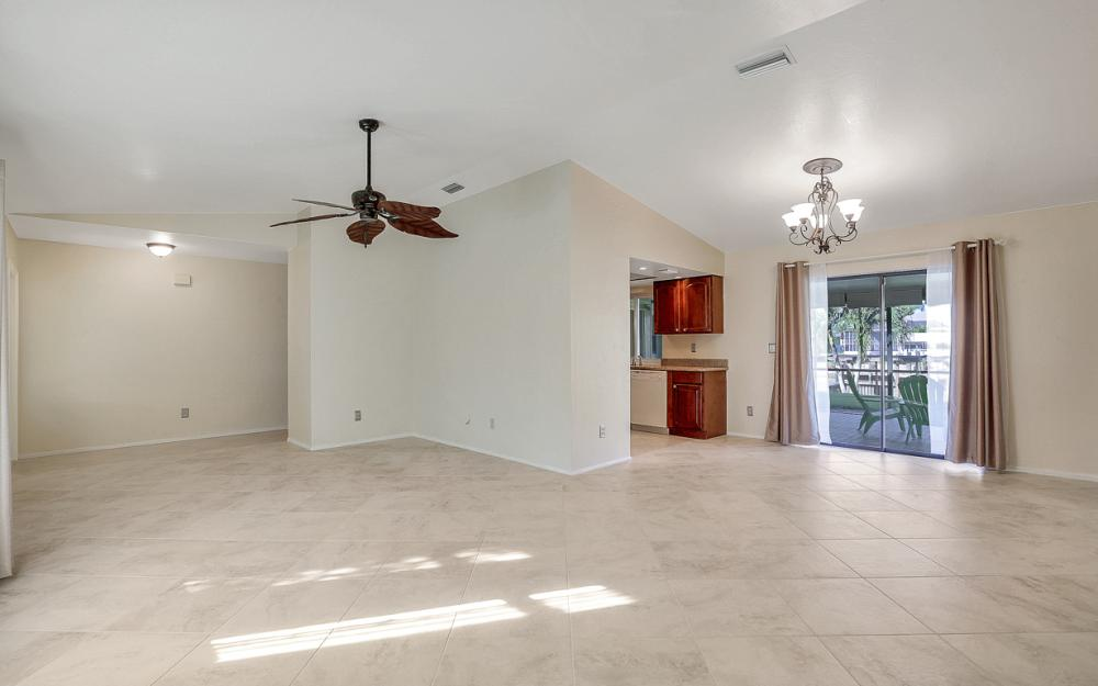 3748 SW 1st Pl, Cape Coral - Home For Sale 791474616