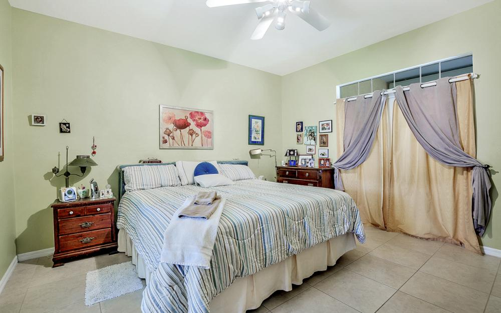 606 NW 3rd Ave, Cape Coral - Home For Sale 240719192