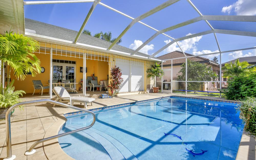 606 NW 3rd Ave, Cape Coral - Home For Sale 366848874