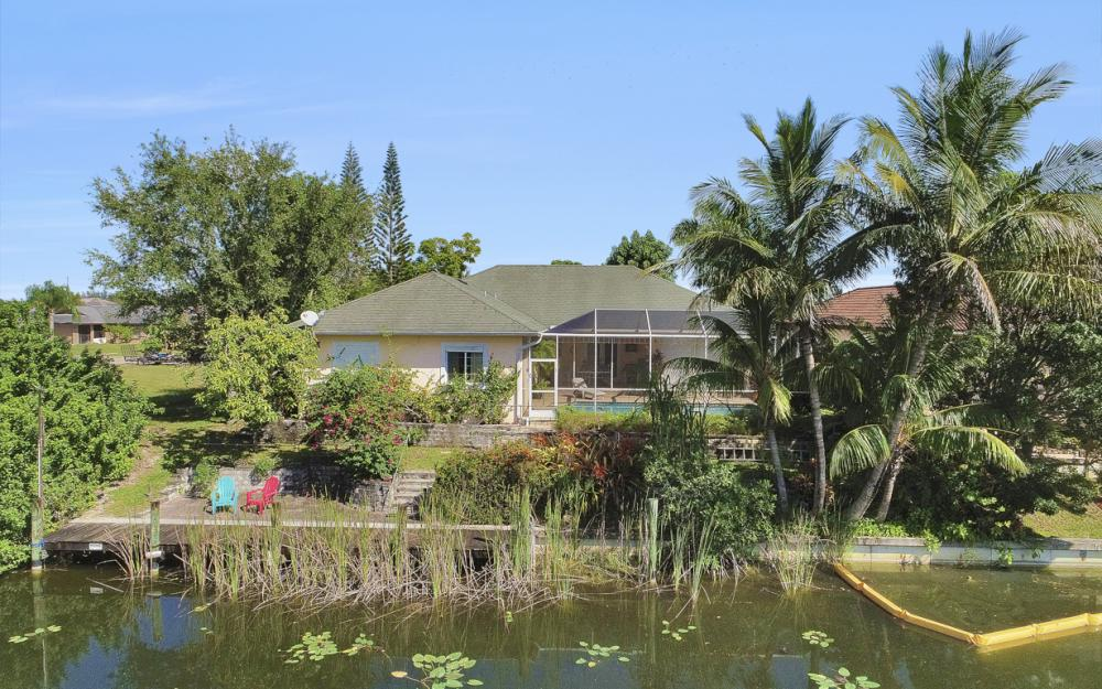 606 NW 3rd Ave, Cape Coral - Home For Sale 74662635