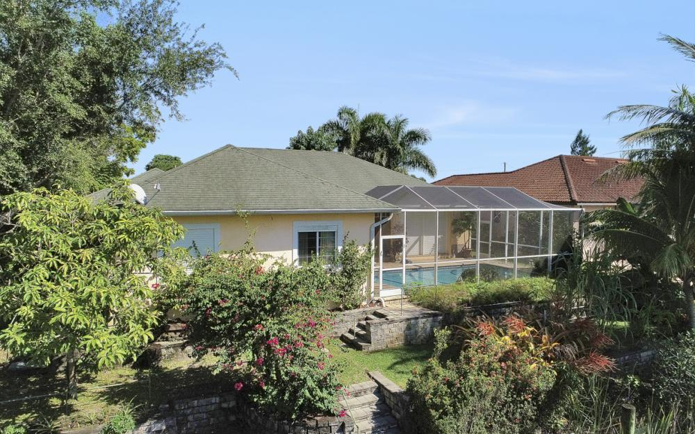 606 NW 3rd Ave, Cape Coral - Home For Sale 1951054120