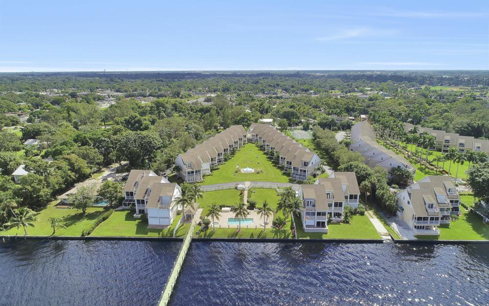 3671 Edgewood Ave, Fort Myers - Condo For Sale 39287333
