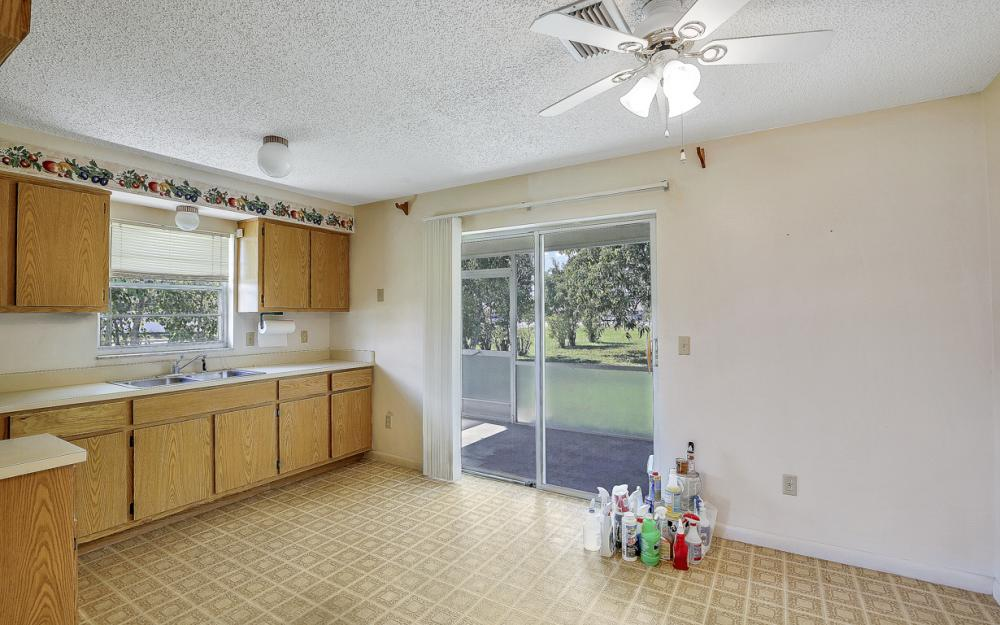 2916 SE Santa Barbara Pl, Cape Coral - Home For Sale 110677016