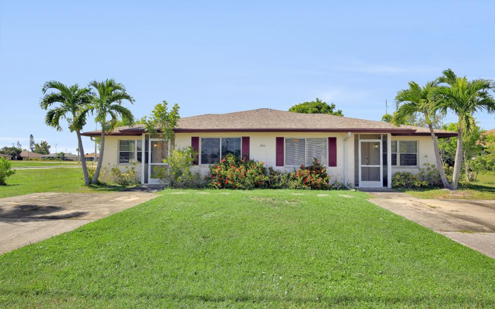 2916 SE Santa Barbara Pl, Cape Coral - Home For Sale 1260780310