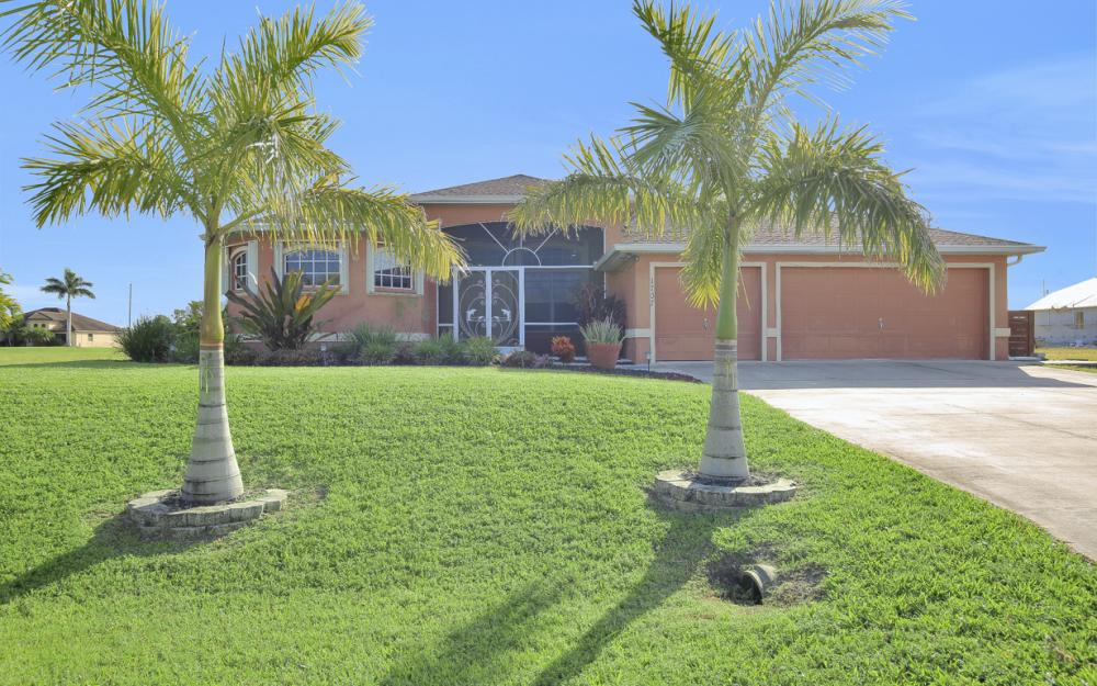 1707 NW 37th Ave, Cape Coral - Home For Sale 1054247335