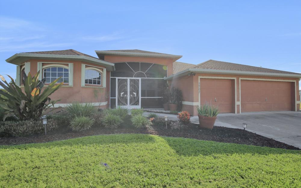1707 NW 37th Ave, Cape Coral - Home For Sale 1097291460