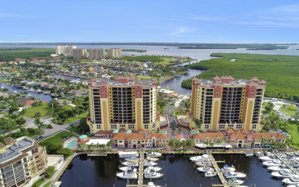 5793 Cape Harbour Dr #1517, Cape Coral - Condo For Sale 140344278