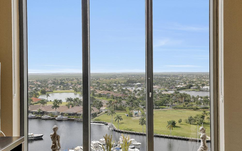 5793 Cape Harbour Dr #1517, Cape Coral - Condo For Sale 1900163242