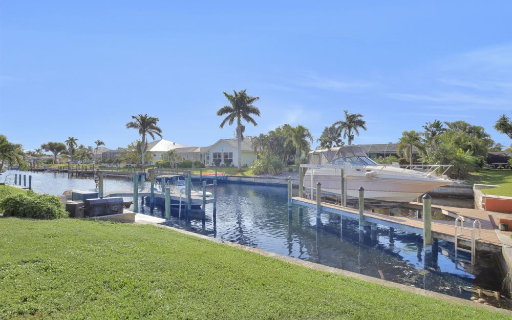 2006 SE 29th St, Cape Coral - Home For Sale 672490000