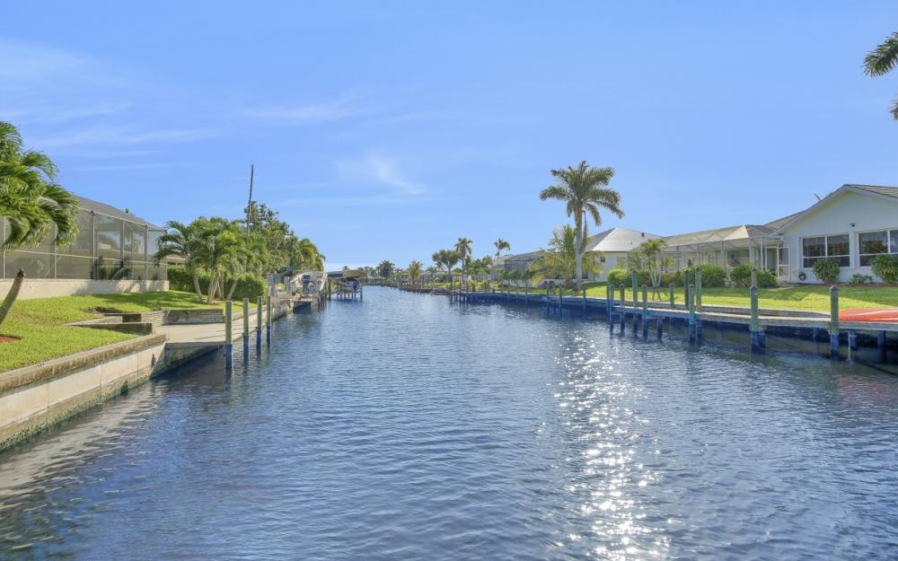 2006 SE 29th St, Cape Coral - Home For Sale 2043425537