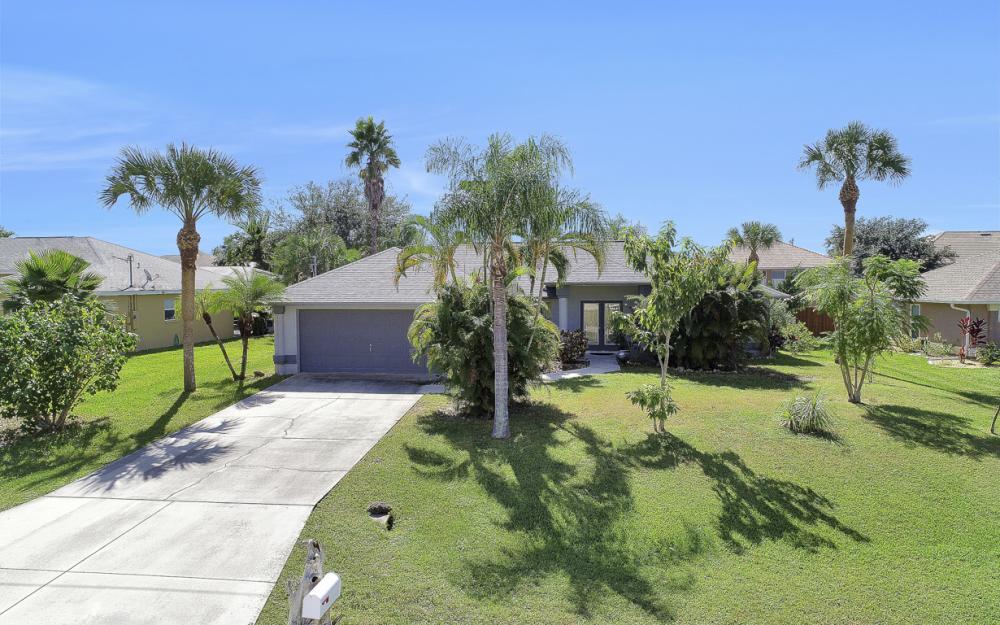 842 SW 47th St, Cape Coral - Home For Sale 1747062002