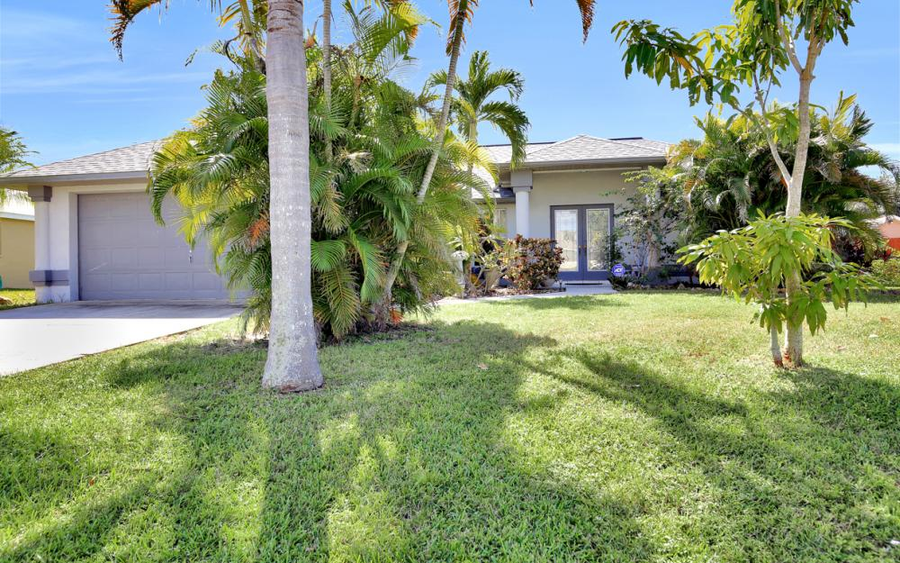 842 SW 47th St, Cape Coral - Home For Sale 2017916647