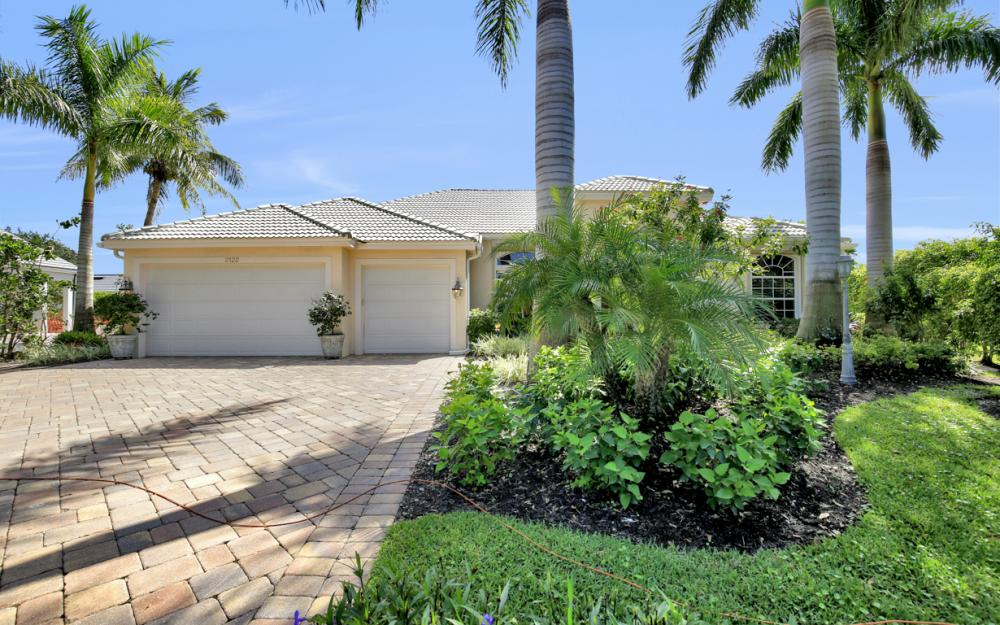 2122 La Paz Ct, Naples - Home For Sale 386886535