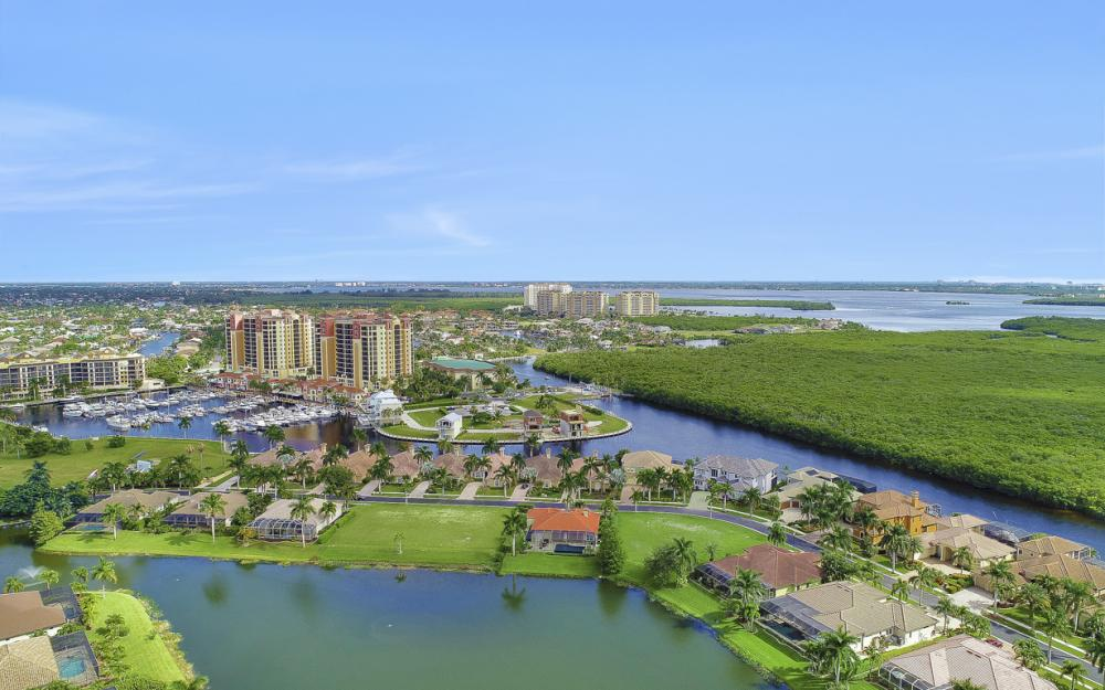 1922 Harbour Cir, Cape Coral - Lot For Sale 984681075