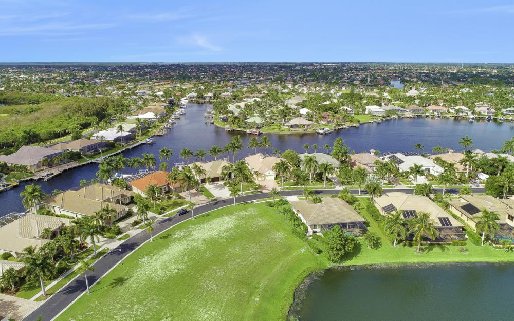 1922 Harbour Cir, Cape Coral - Lot For Sale 535758680