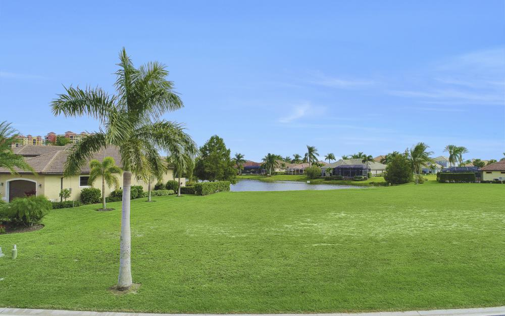 1922 Harbour Cir, Cape Coral - Lot For Sale 522276731