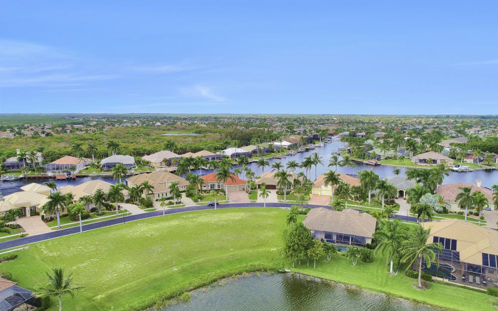 1922 Harbour Cir, Cape Coral - Lot For Sale 189223435