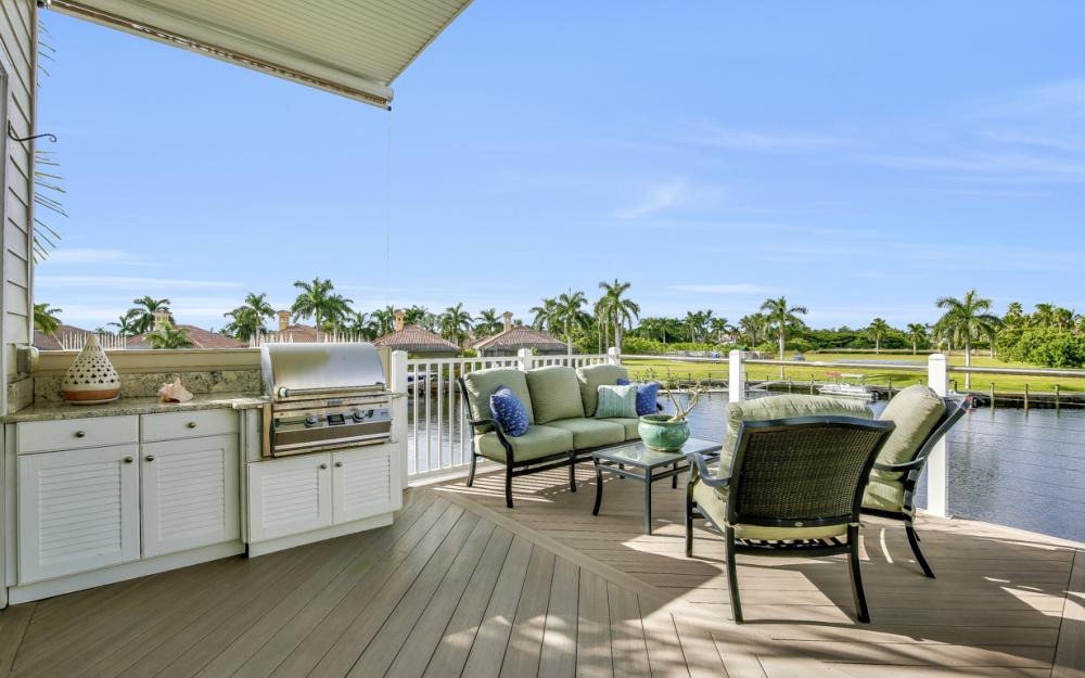 5886 Shell Cove Dr, Cape Coral - Home For Sale 180098861