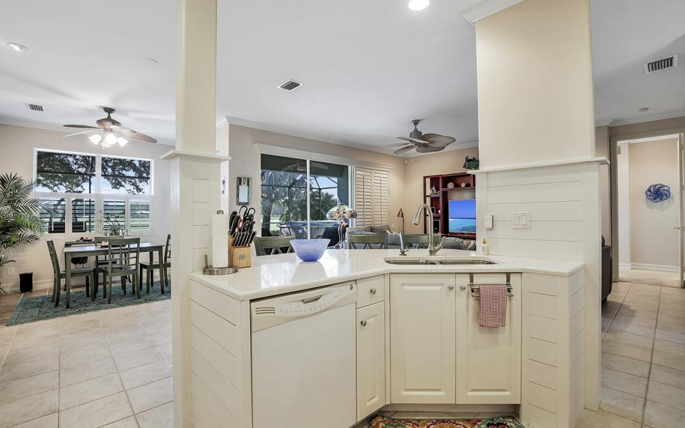 10962 Callaway Greens Ct, Fort Myers - Home For Sale 1371908608
