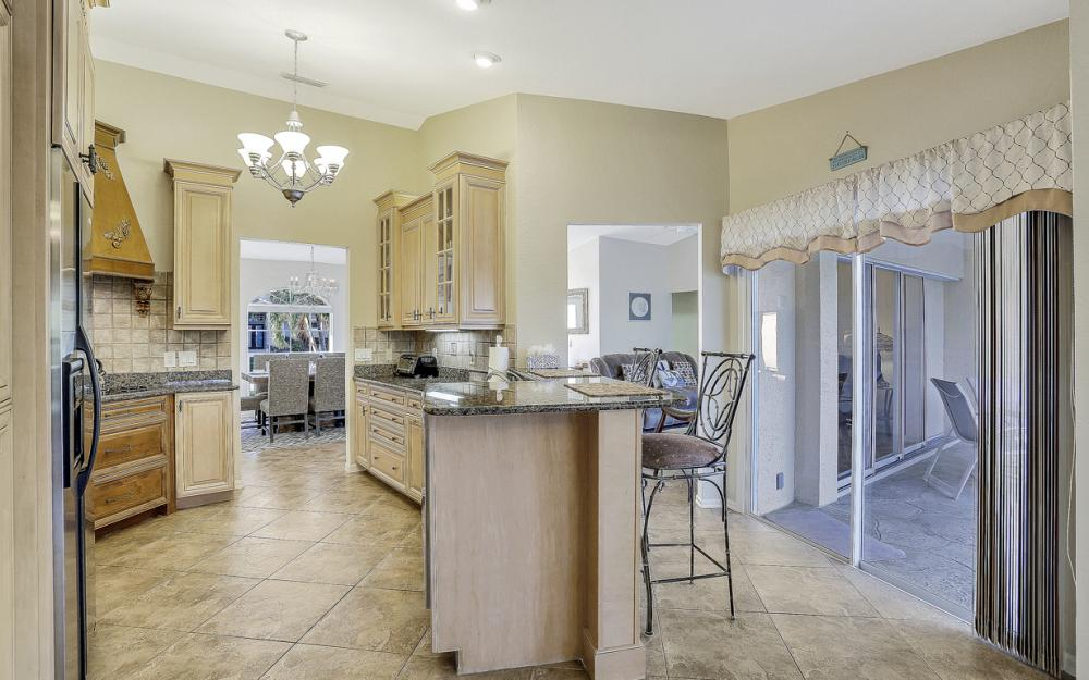 670 Hernando Dr, Marco Island - Vacation Rental 137417464
