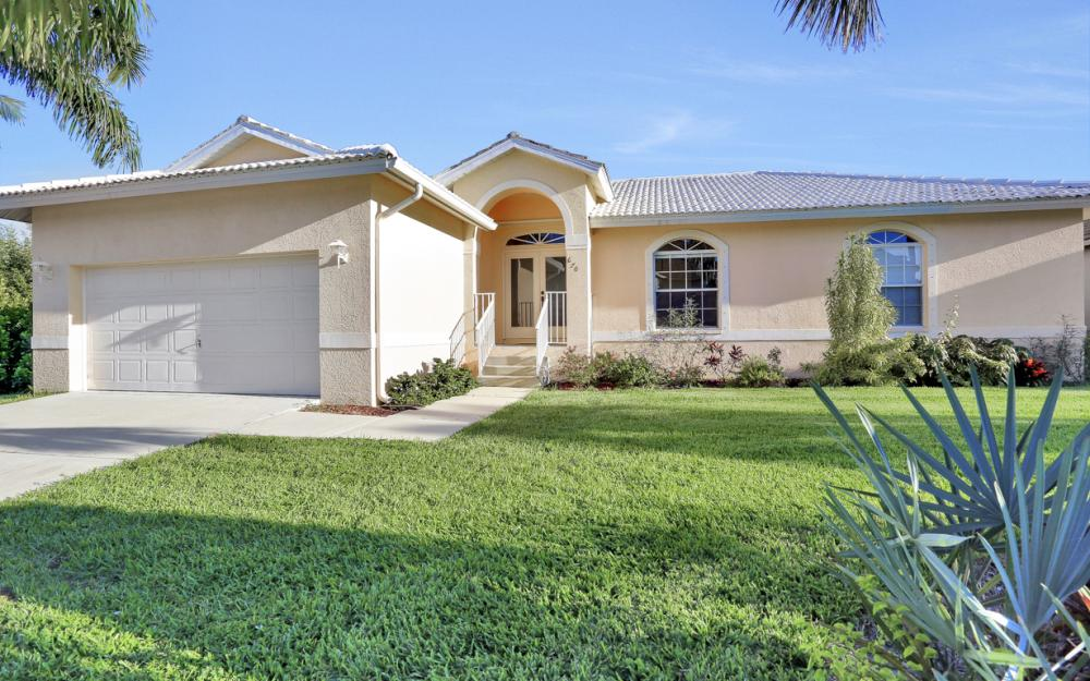 670 Hernando Dr, Marco Island - Vacation Rental 1712261991
