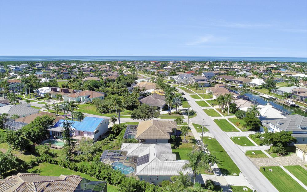 670 Hernando Dr, Marco Island - Vacation Rental 1209238302