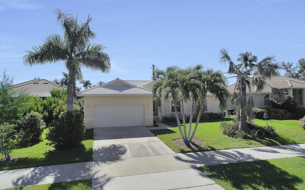 670 Hernando Dr, Marco Island - Vacation Rental 629081824