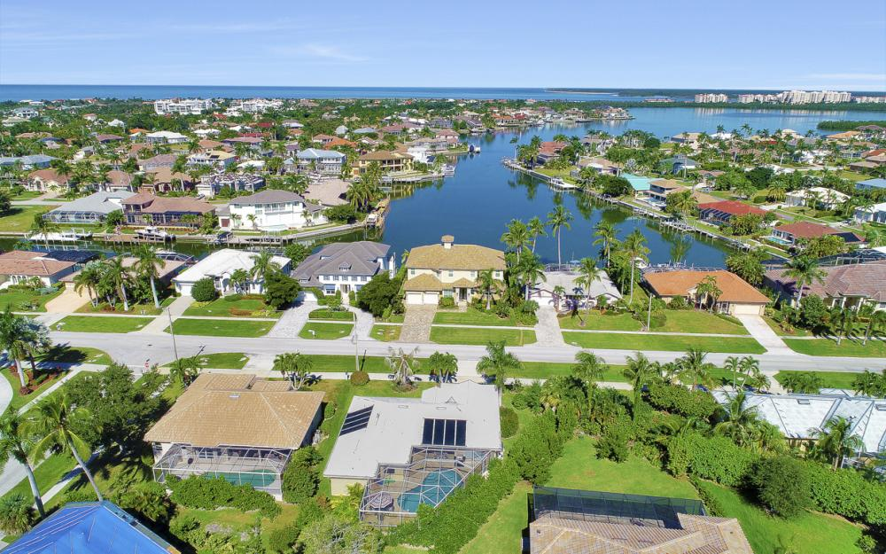 670 Hernando Dr, Marco Island - Vacation Rental 1118645868