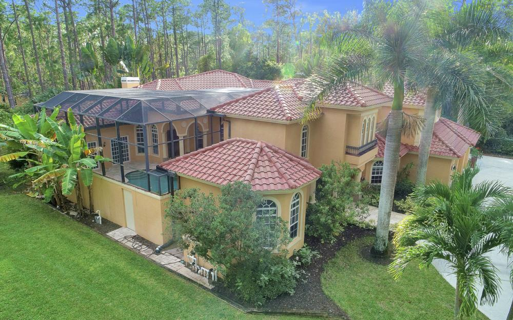 4930 Mahogany Ridge Dr, Naples - Home For Sale 239515949