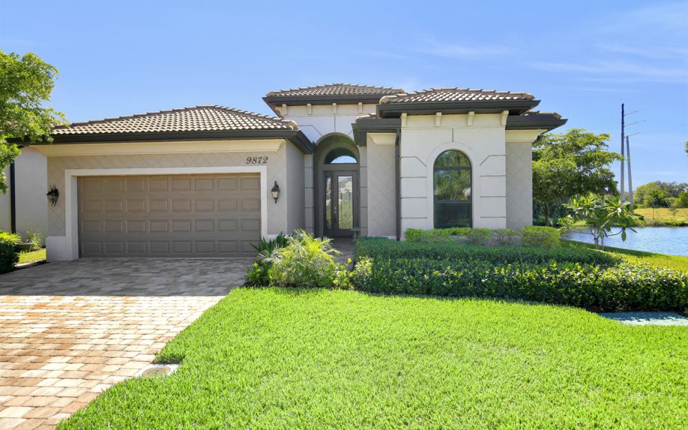 9872 Alhambra Ln, Bonita Springs - Home For Sale 894138465